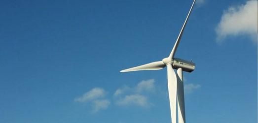 Andalucía mejora el reglamento de energías renovables y eficiencia energética